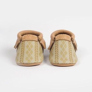 Brand New Freshly Picked Harvest Moon Moccs
